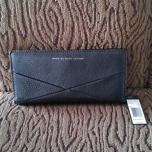 Marc by Marc Jacobs genuine leather wallet